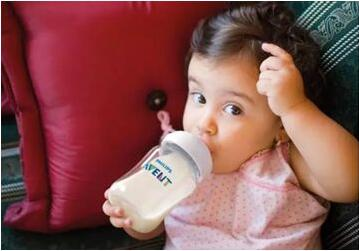 深度横评丨给宝宝选更安全的奶瓶,你必须要知道的专业知识