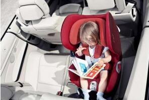 用儿童汽车安全座椅保障孩子出行安全