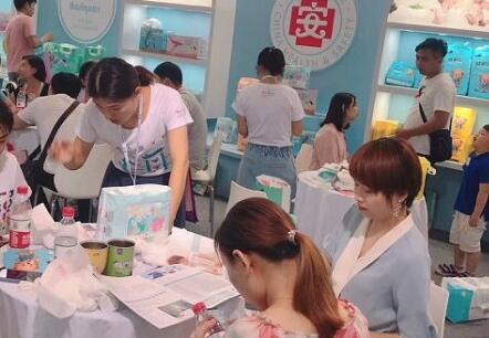 蓓趣医护级纸尿裤在CBME上海孕婴童展上500位代理踊跃加入,创行业神话